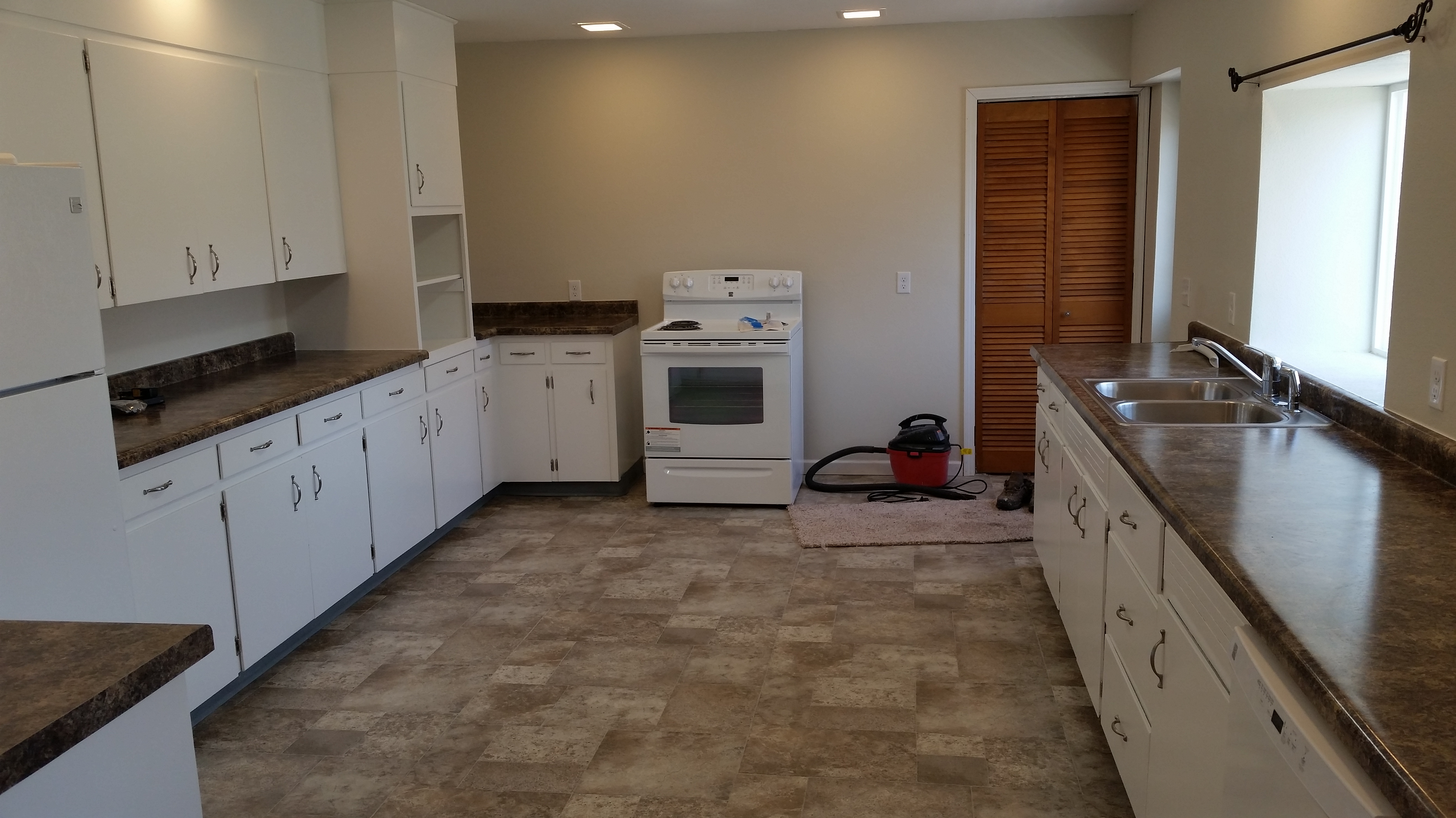 Chadron rentals rental houses apartments in chadron ne 524 lake st 3 bedroom 2 bath 3 bedroom apartments all utilities included