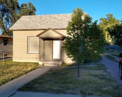 218 Ann St – 4 Bedroom House – Chadron, NE