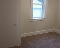 645 Bordeaux St. – Upstairs Unit – All Utilities Included – Chadron, NE