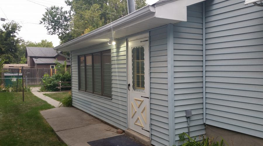 645 Bordeaux St. – Lower Unit – All Utilities Included – Chadron, NE