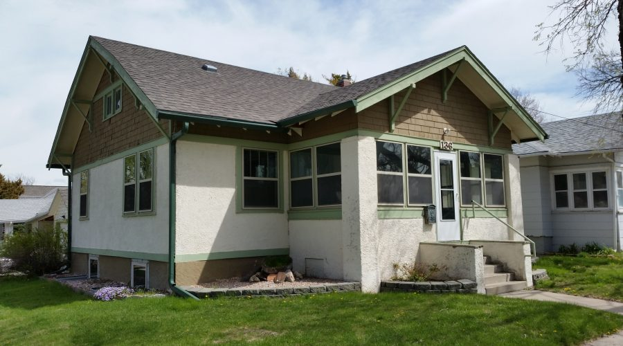 136 W. 9th St. – Lower Unit – All Utilities Included – Chadron, NE
